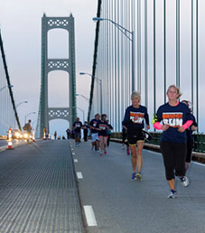 Mackinaw Memorial Day Bridge Run